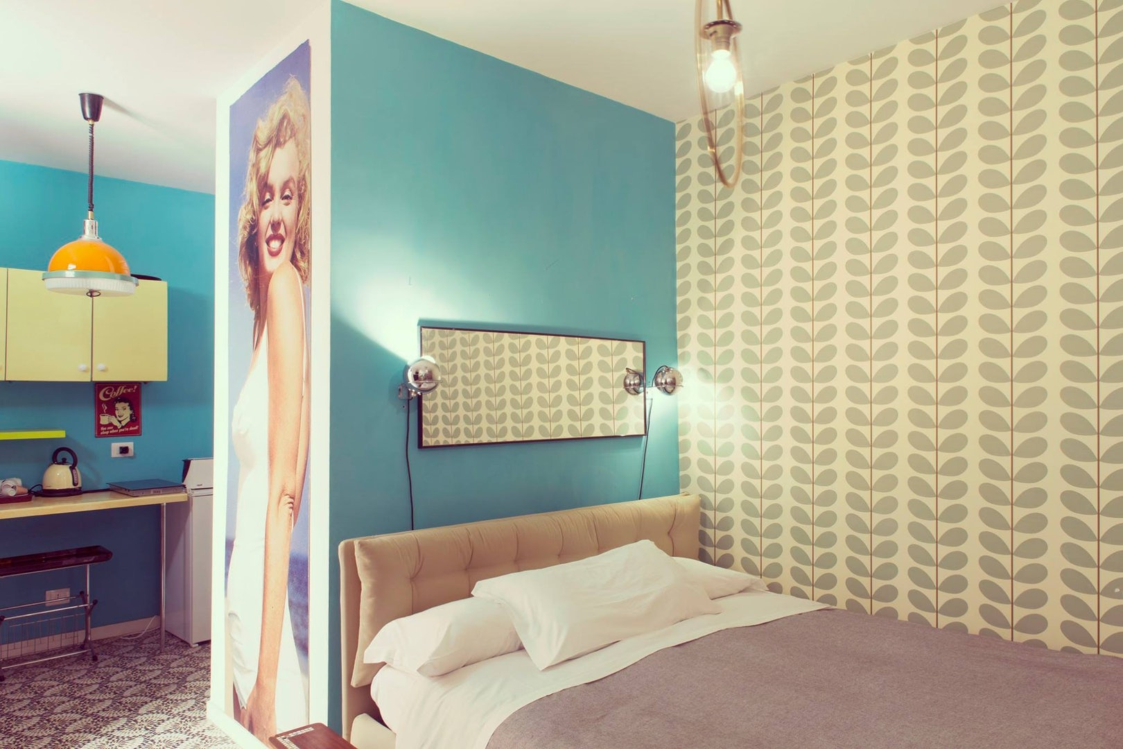 hotel room at Retrome