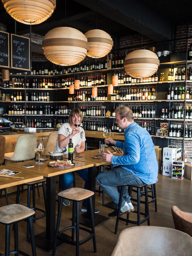 interior of Wine bar Blend in Bruges