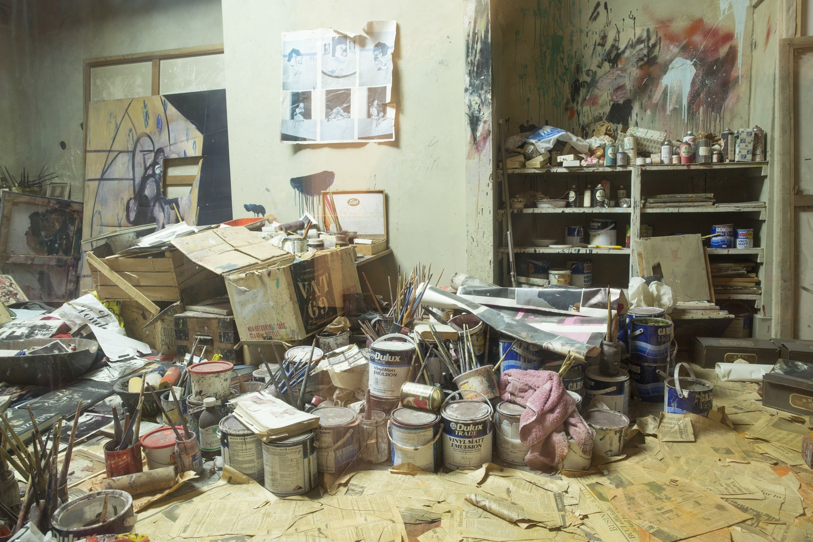 the messy studio of Francis Bacon