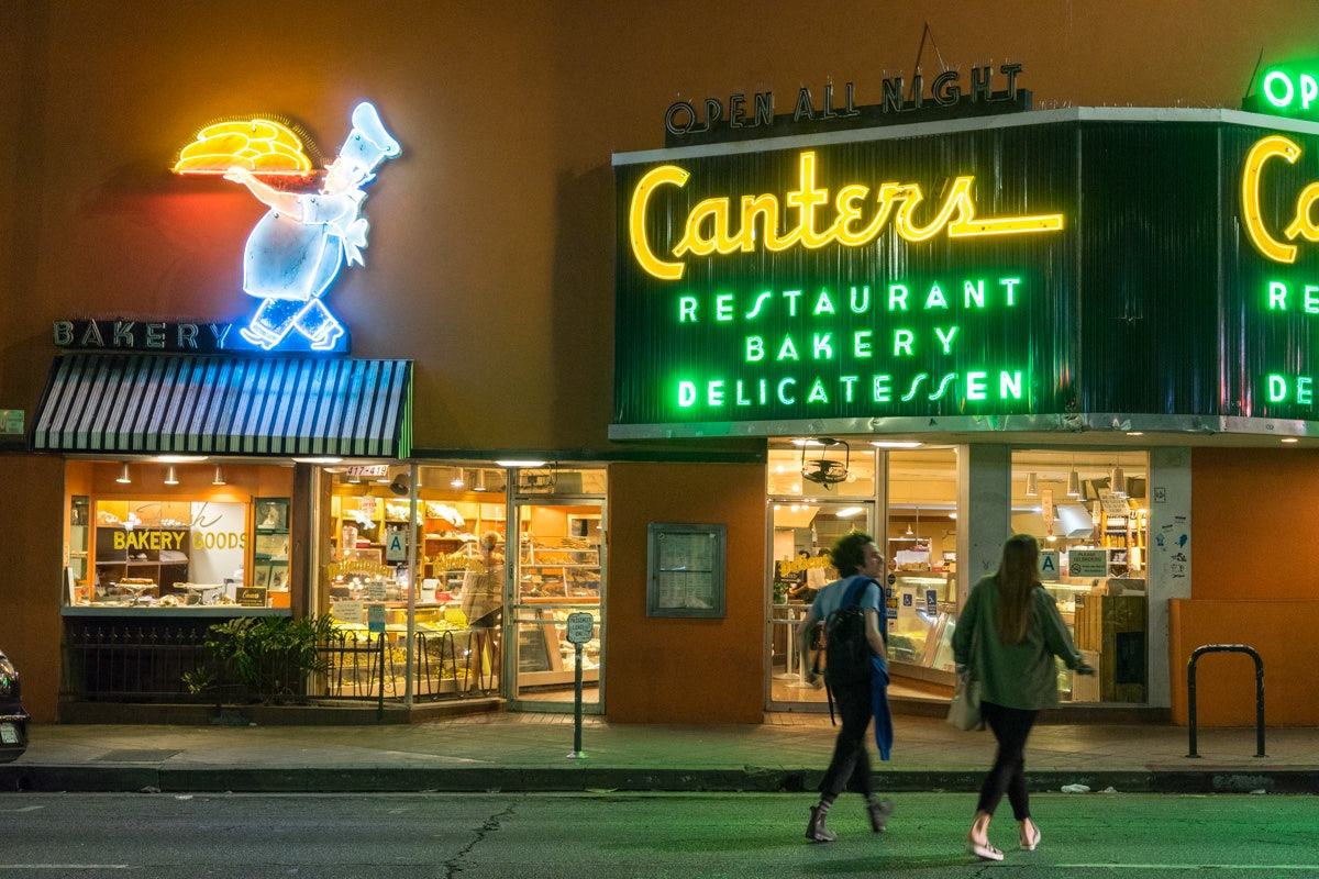 exterior and neon signs at Canter's Deli