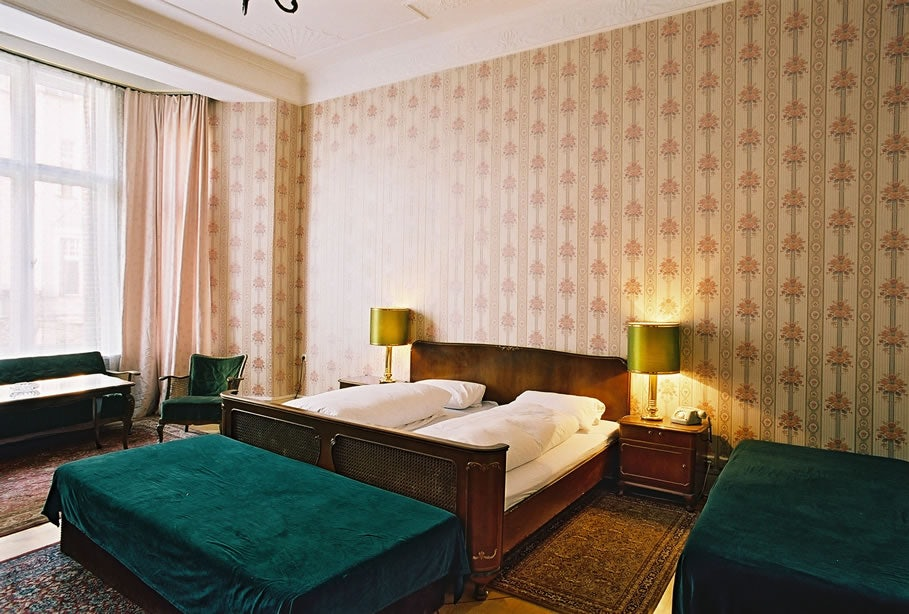 a retro style room at Hotel Funk Berlin