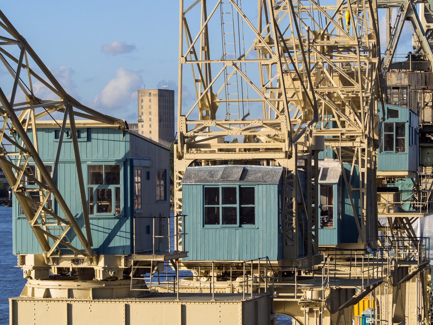 yellow and blue Cranes in Antwerp