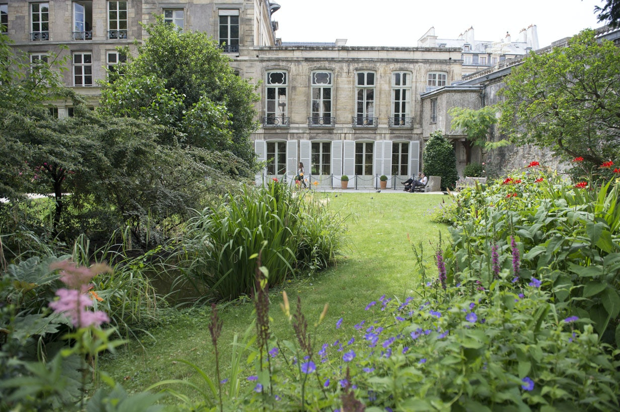 Les Jardins des Hôtels d'Assy et de Breteuil
