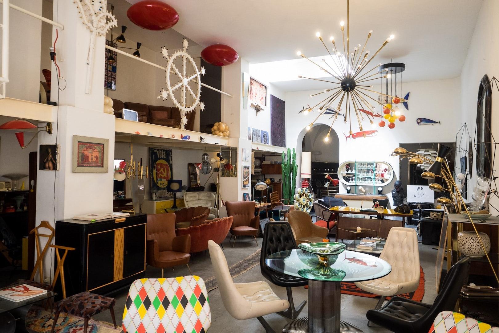 vintage shop under the influence