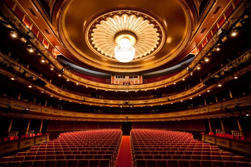 interior of La Zarzuela theatre