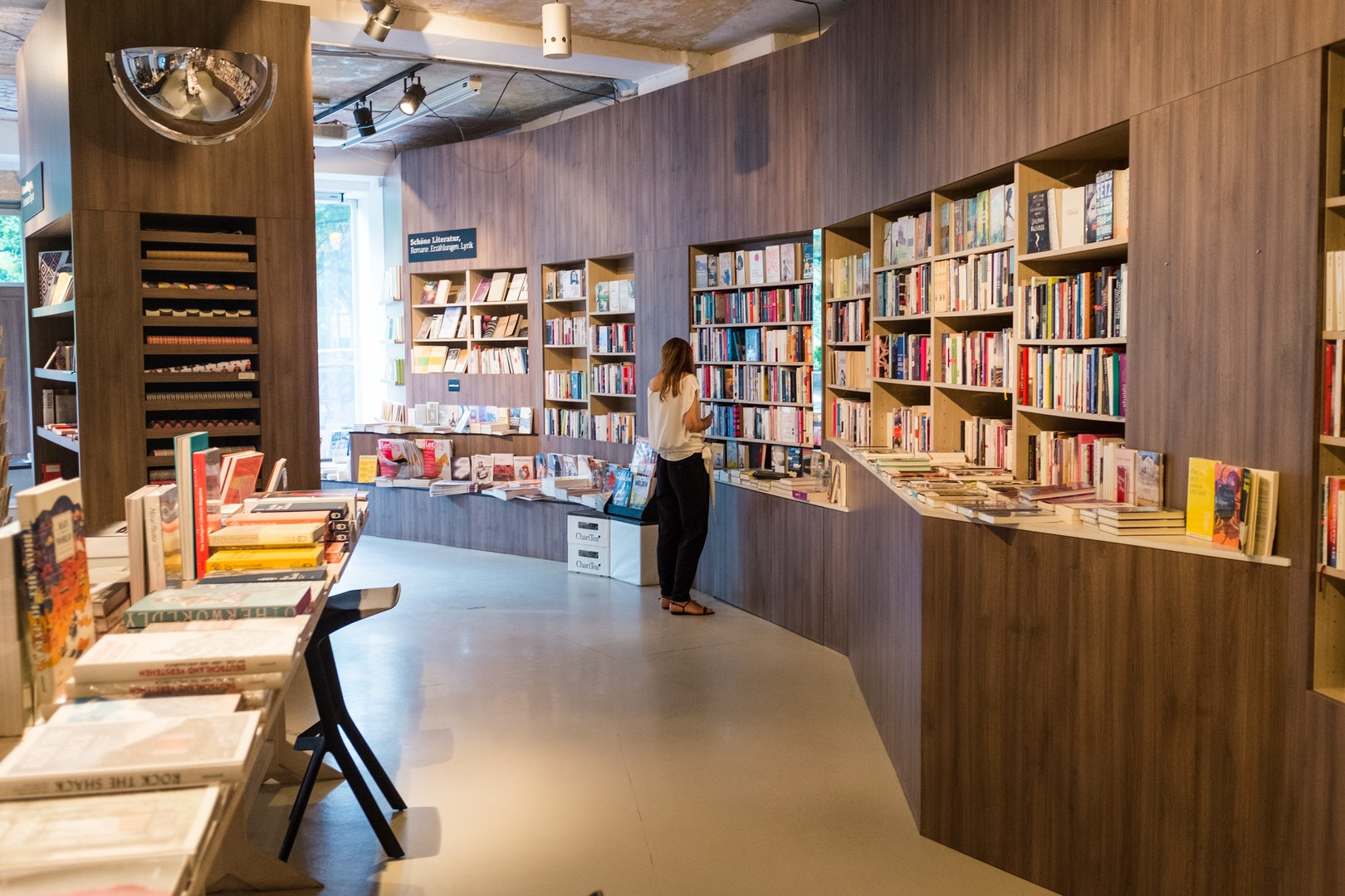 oak-panneled bookstore Ocelot in Berlin