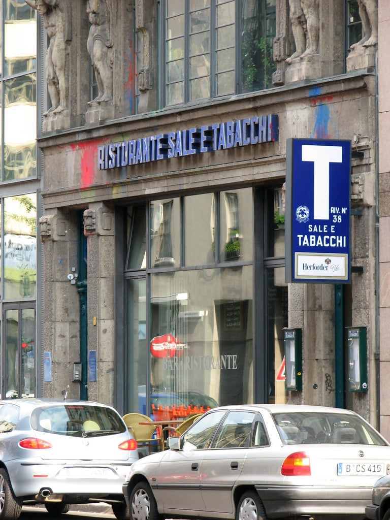 façade of Sale e Tabacchi