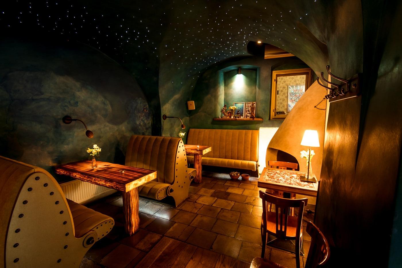 cozy interior of Lehka Hlava