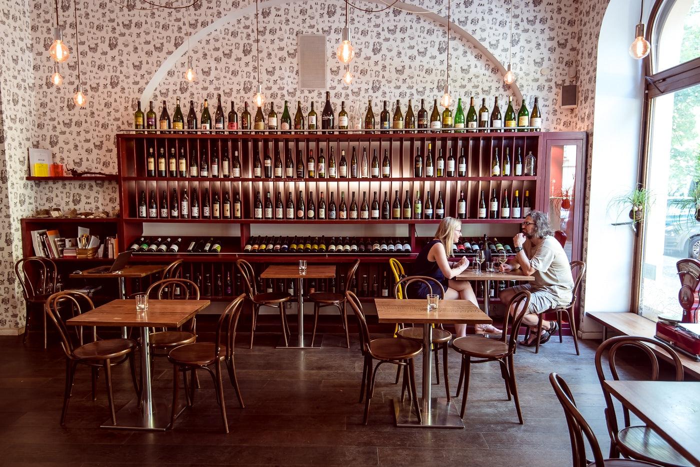 interior of bar Veltlin