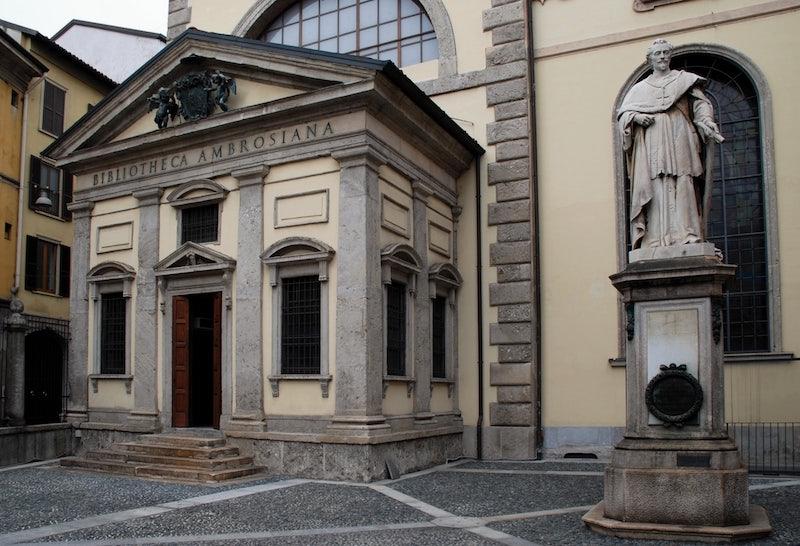 outside Ambrosian Library