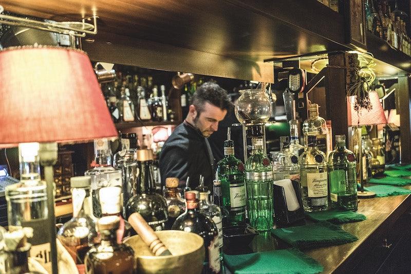 interior bar Nottingham Forest