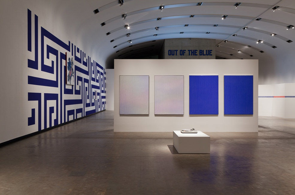 Blue and White contemporary art at the Kunsthalle Wien