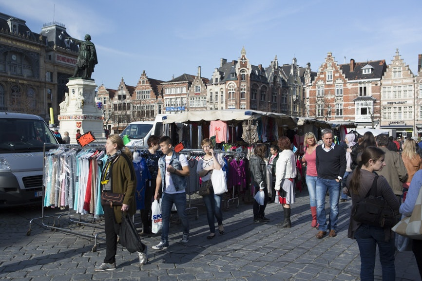 people shopping at the vrijdagmarkt