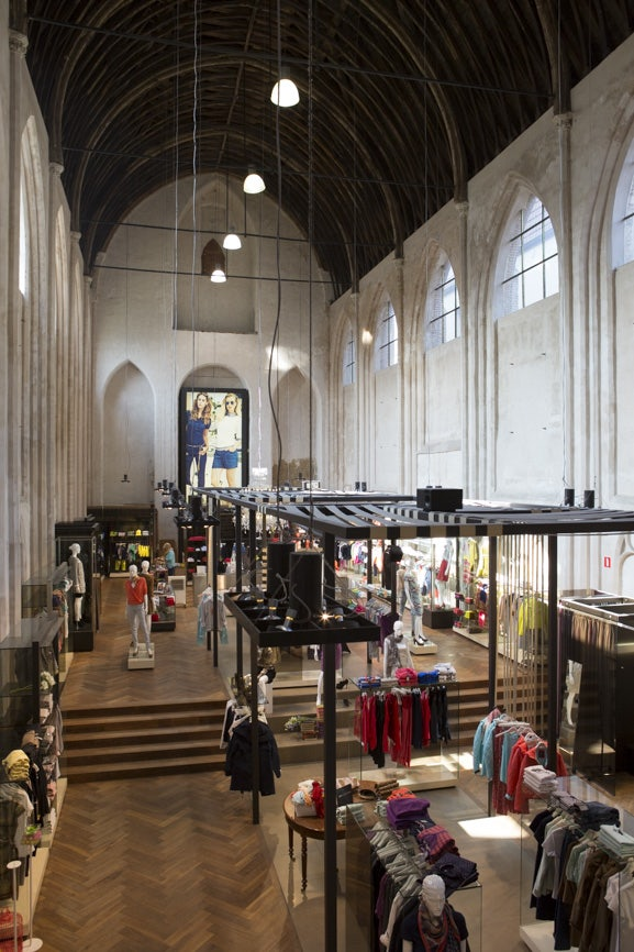 Old weaver's chapel turned into a market