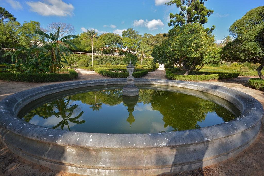 fountain at the Jardim Botanico de Ajuda