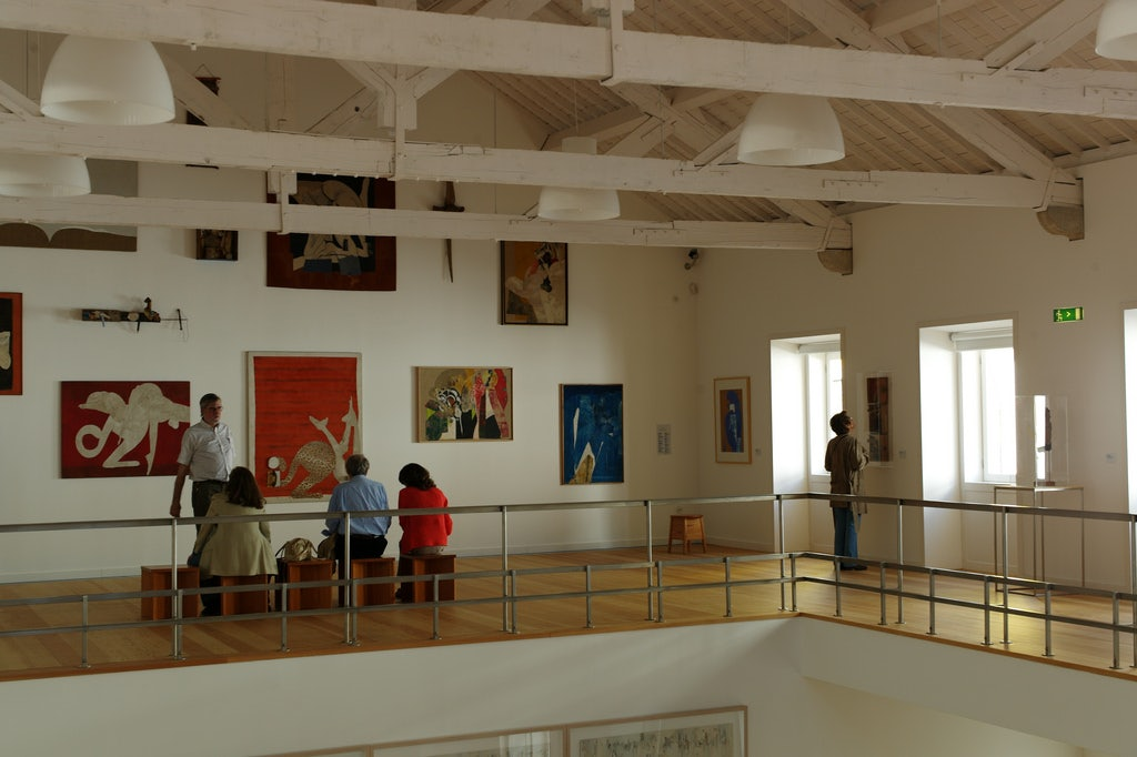 a guided tour at the Atelier Museu Julio Pomar
