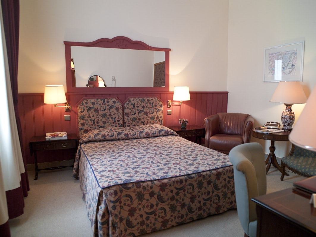 a room in hotel Firean
