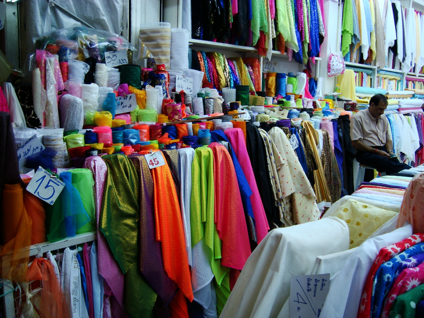 fabrics at Sampeng market