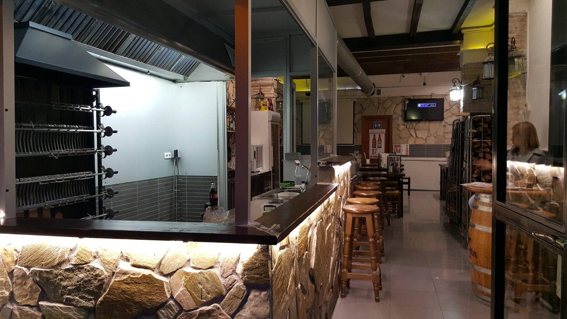 interior restaurant Can Eusebio
