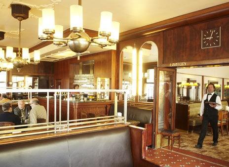 vintage interior of Brasserie du Parc