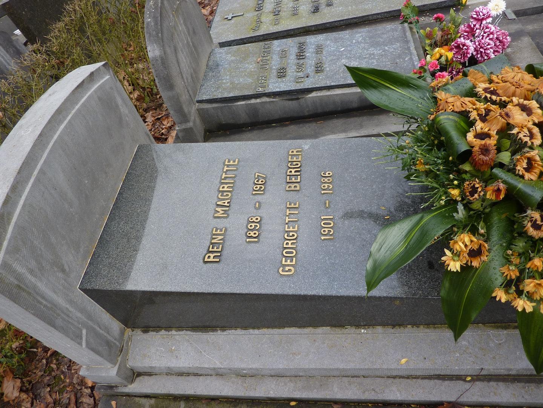 grave of René Magritte
