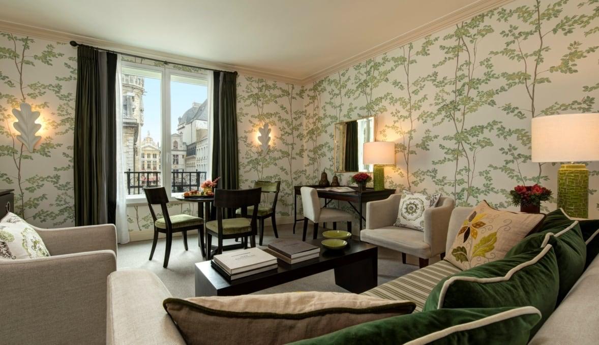 room interior of Amigo hotel