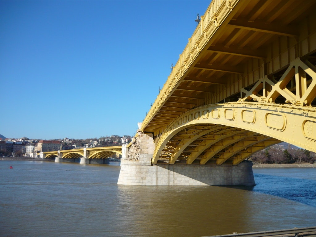 the crooked Margaret Bridge
