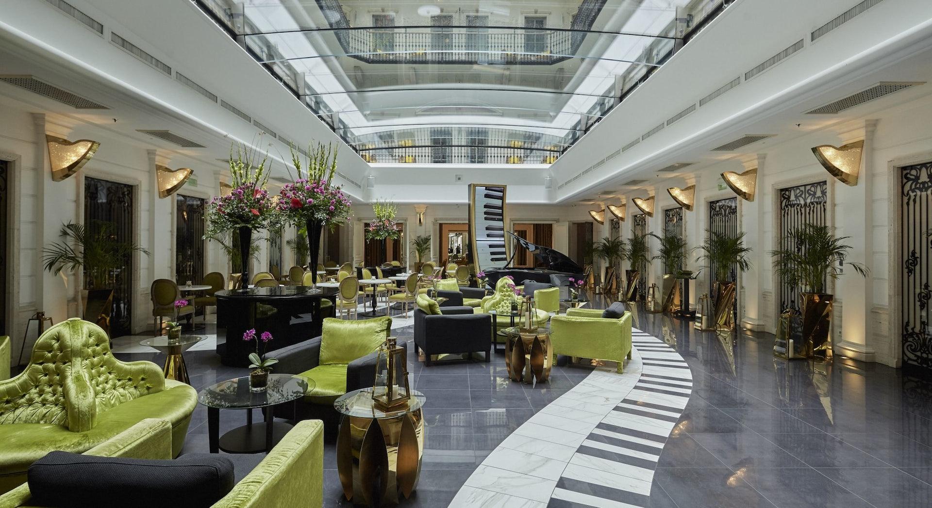 lobby interior of Aria Hotel