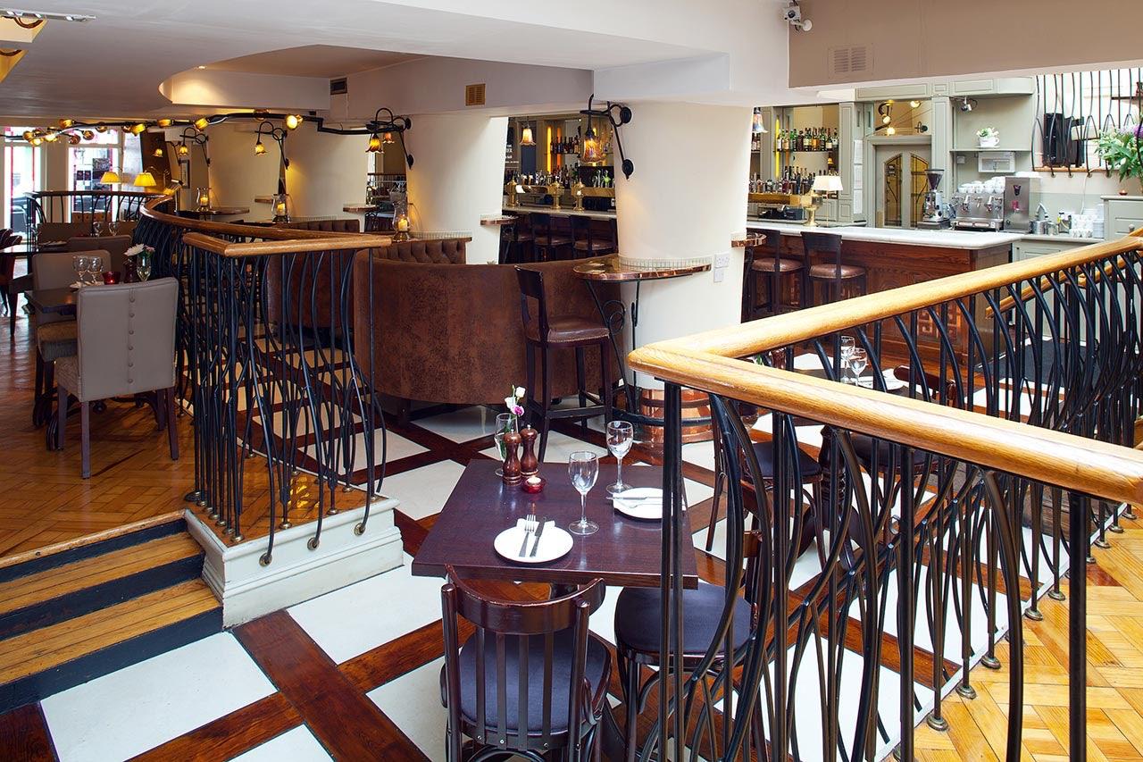 interior restaurant Matt the Thresher