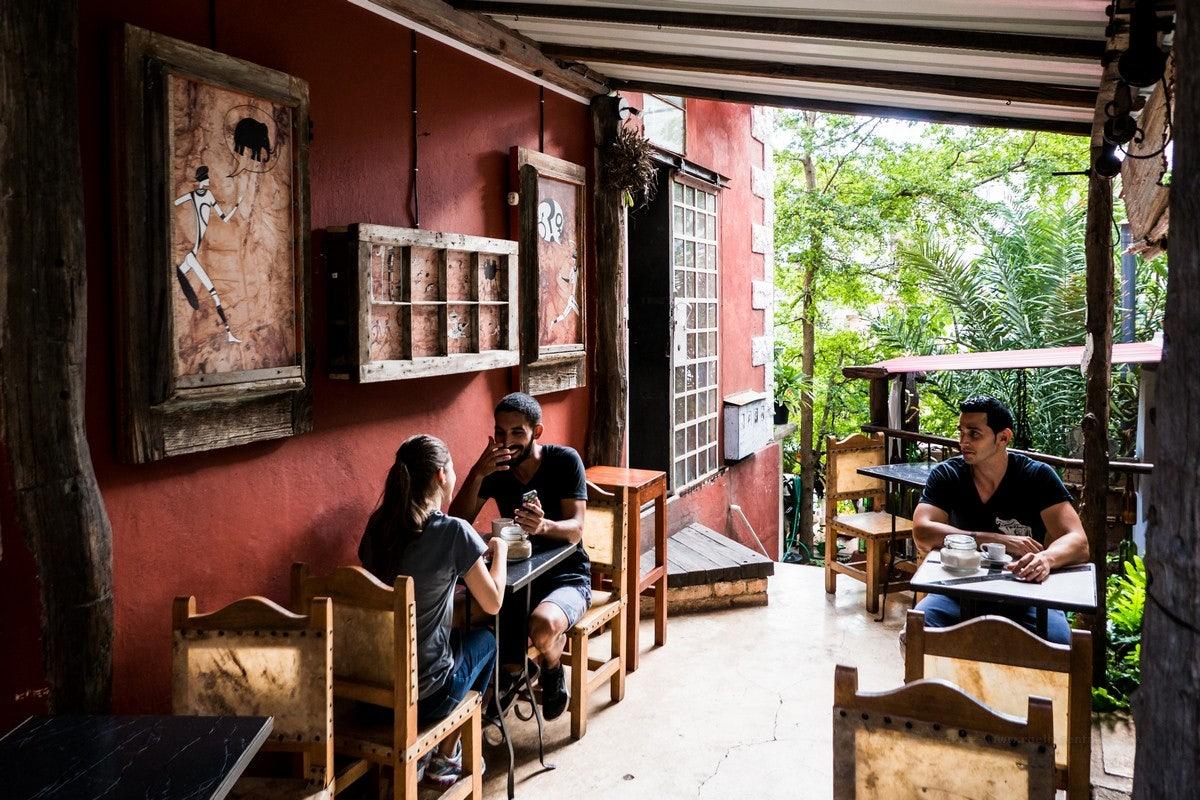restaurant Mama Inés Havana