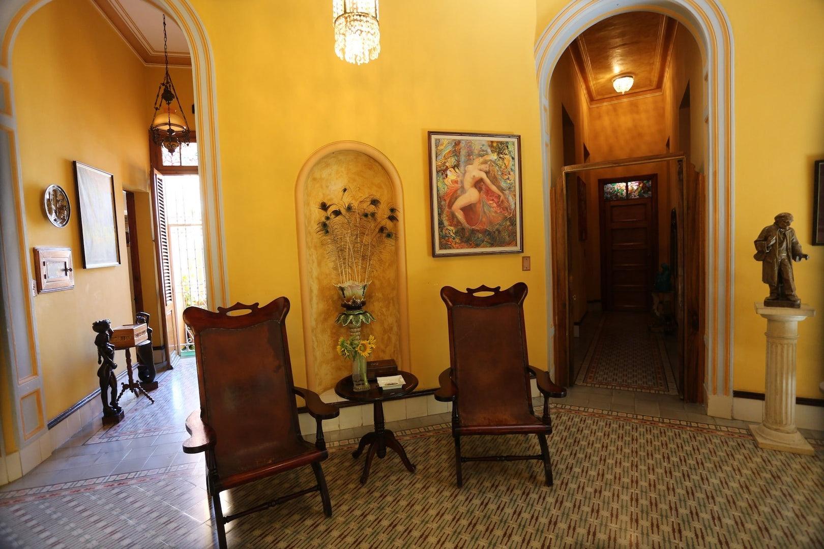 interior of Residencia Mariby Havana