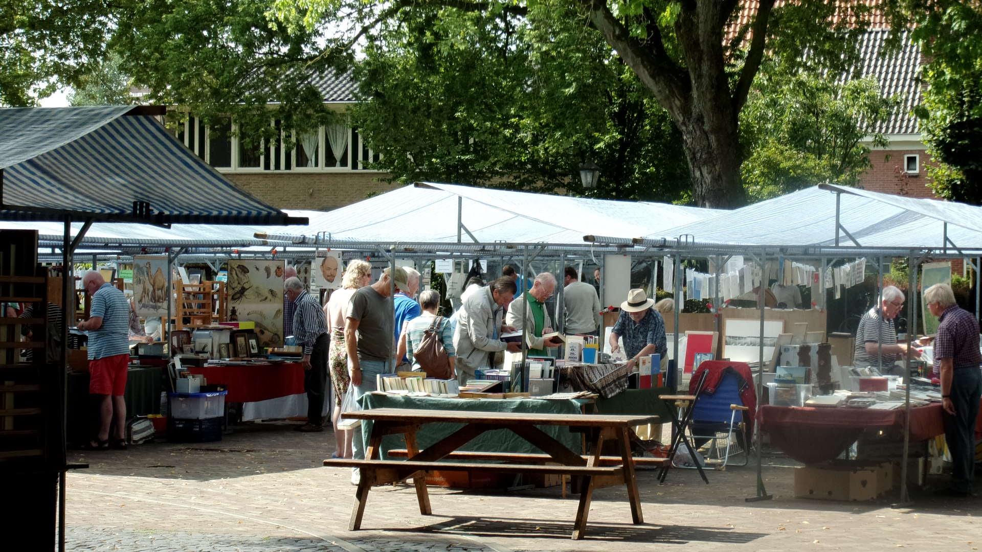 book market at Bredevoort