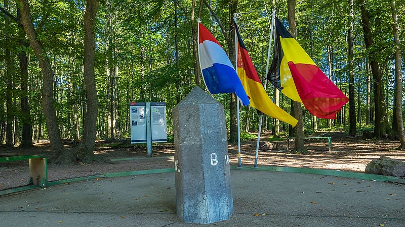 Dutch, Belgian and German flag at Tripoint