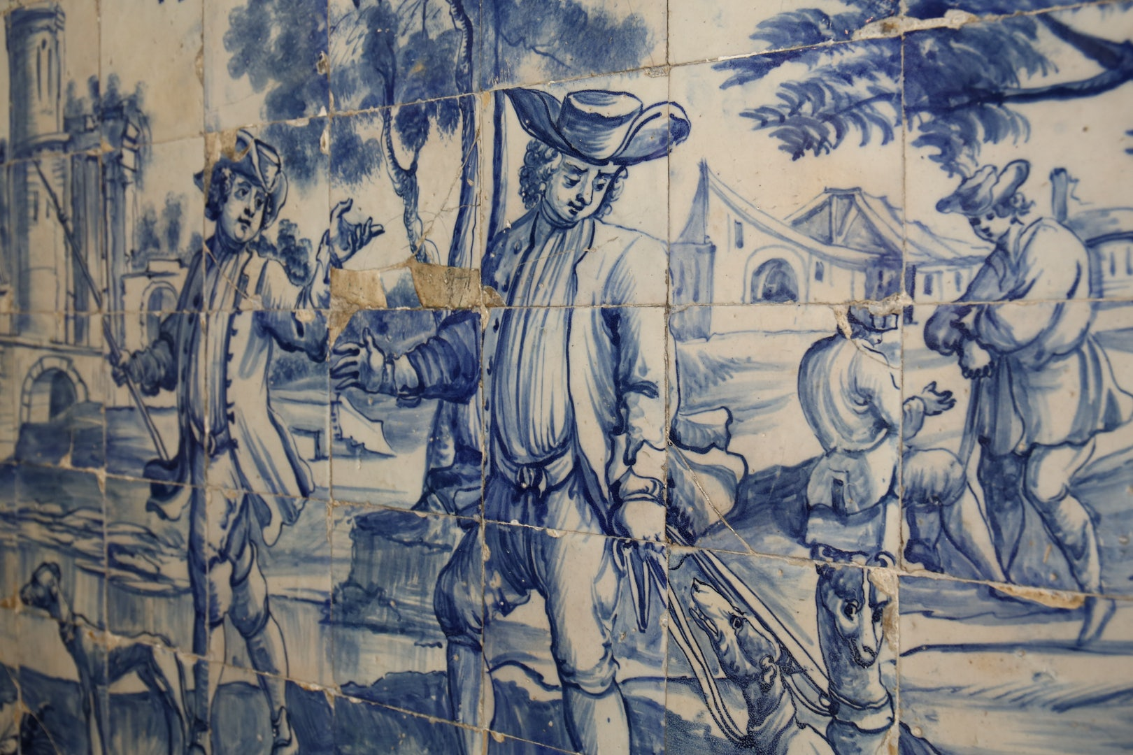 white and blue tiles at the Museu do Azulejo