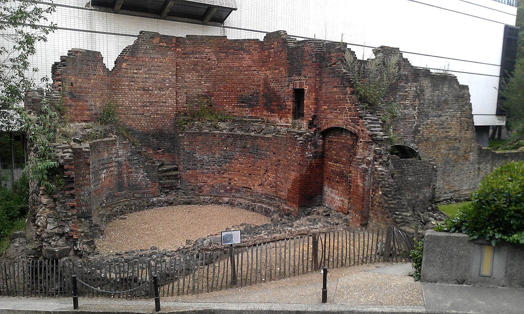 part of the historical London Wall