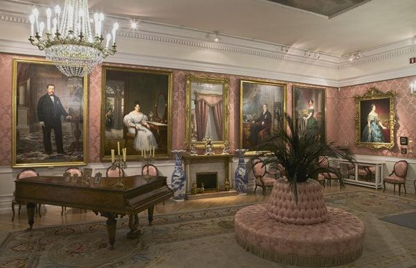 interior room museo del romanticismo
