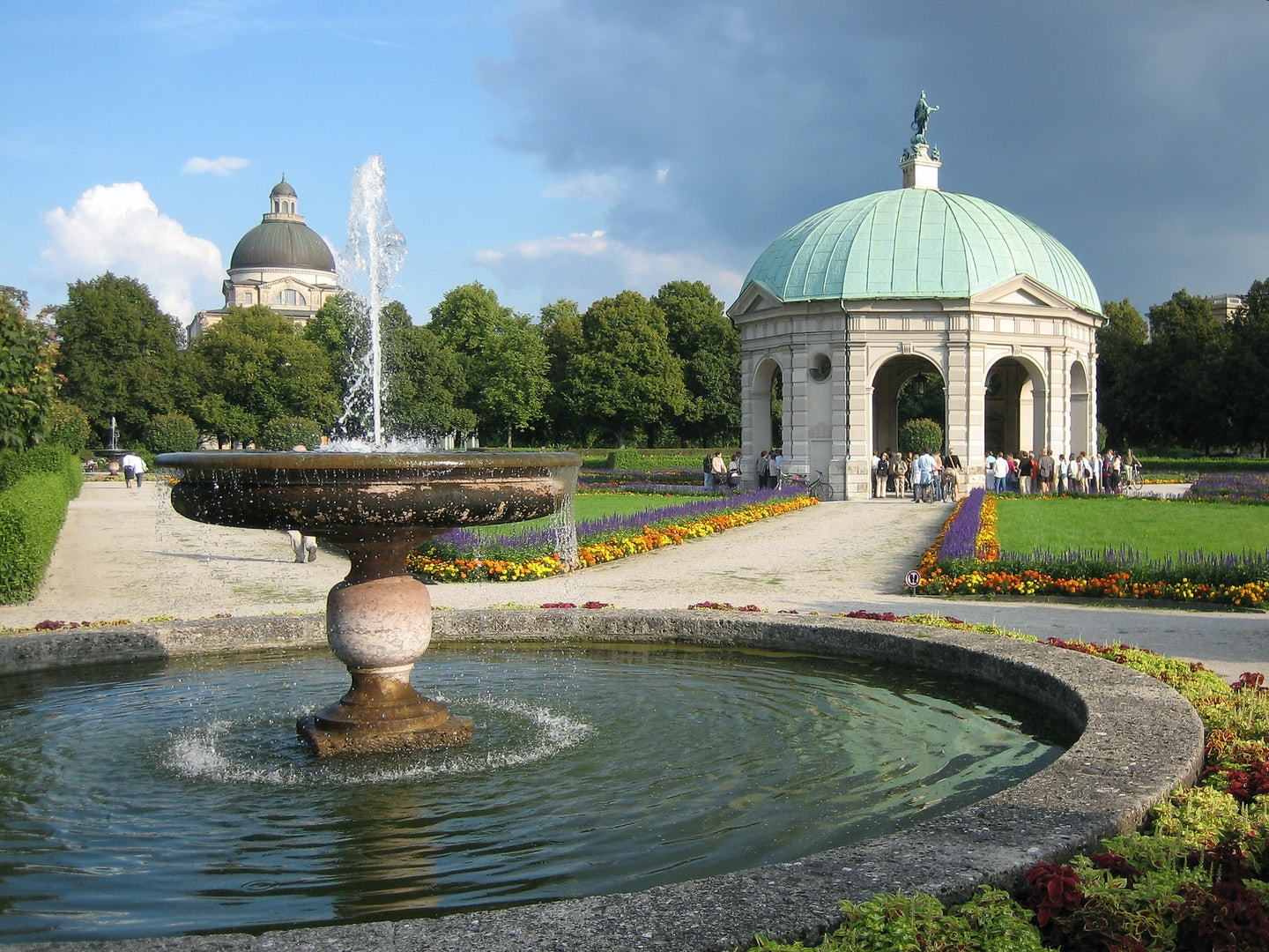 Hofgarten fountain