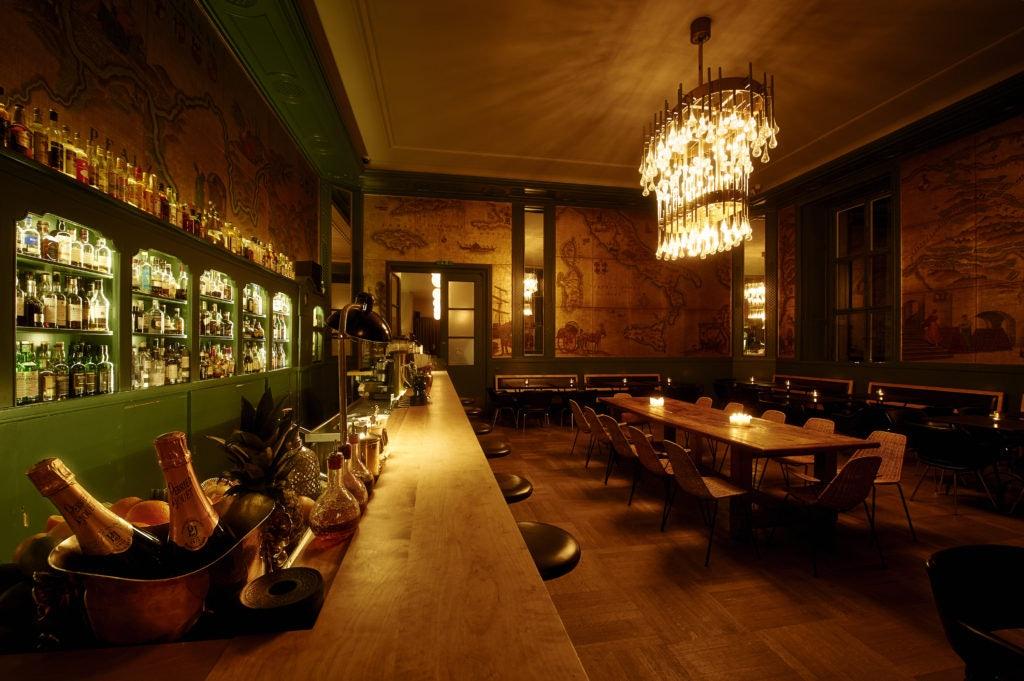 interior Goldene Bar