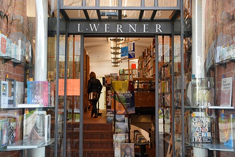 bookstore L. Werner