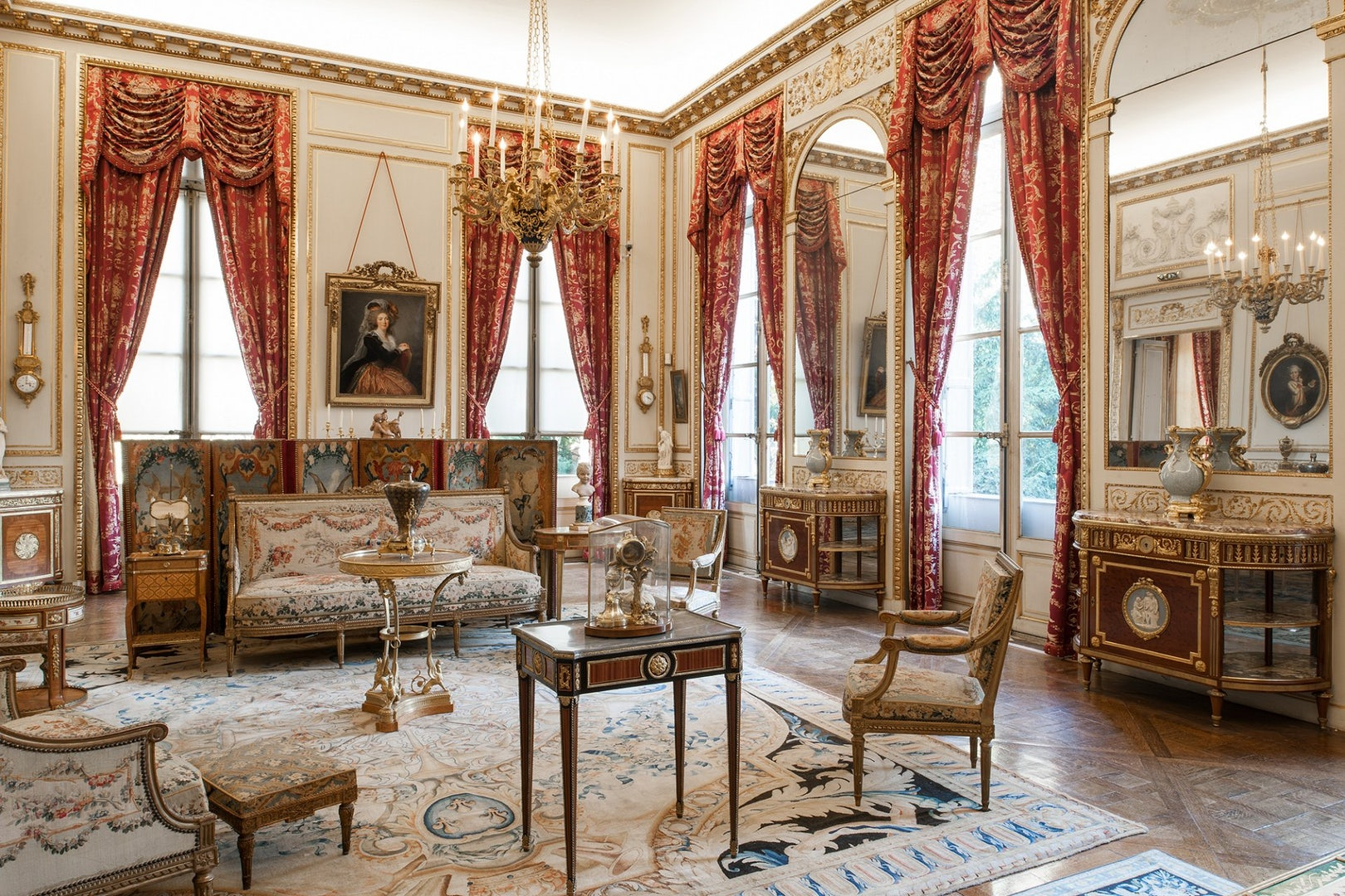 le grand salon at the Musée Nissim de Camondo