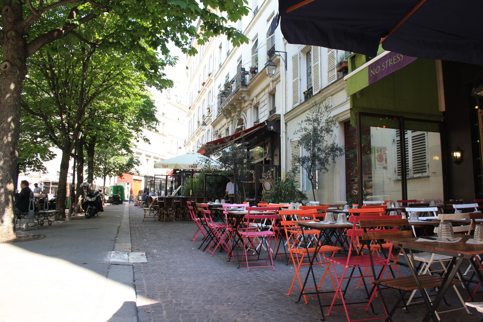 cafés at Place Gustave Toudouze