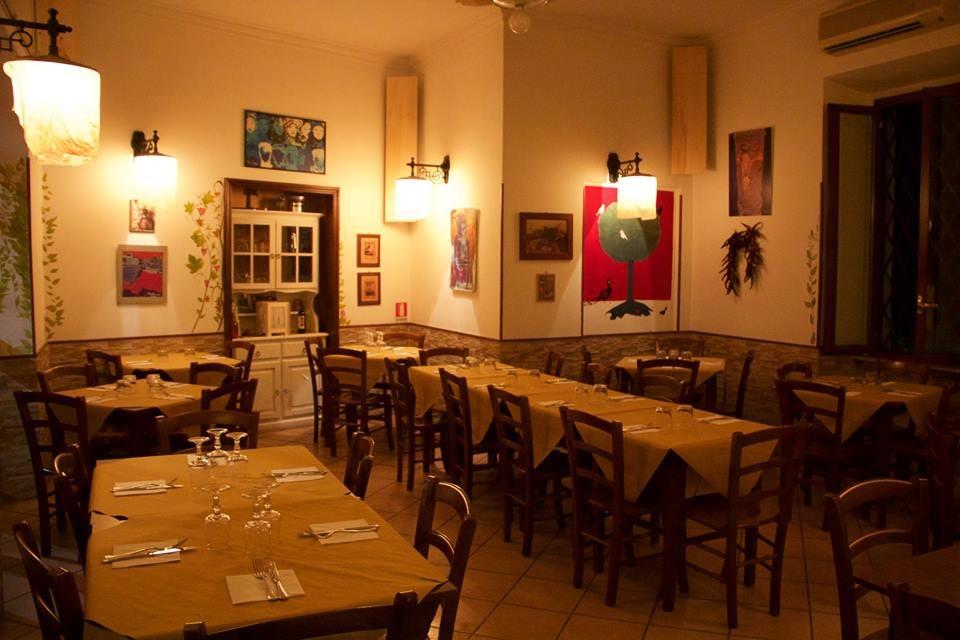 Interior of Dar Parucca restaurant