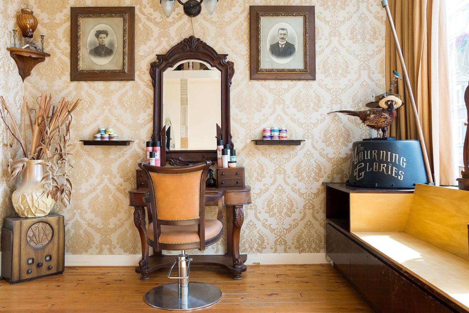 vintage interior of beauty parlour La Fee Verte