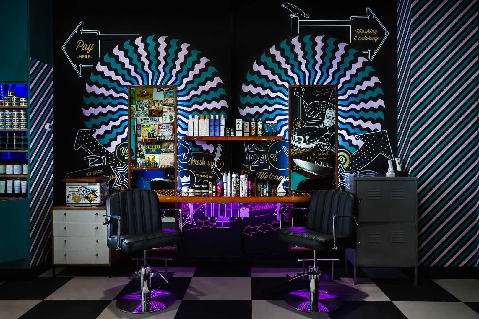 interior of Mudly's Barbershop