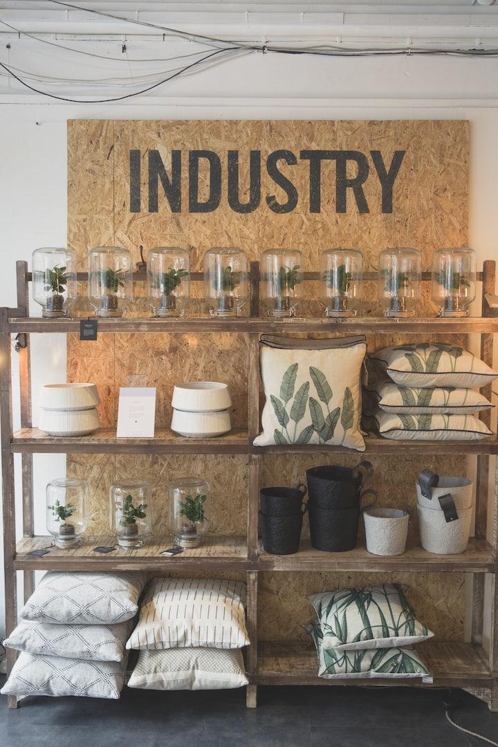 interior shop Industry & CO