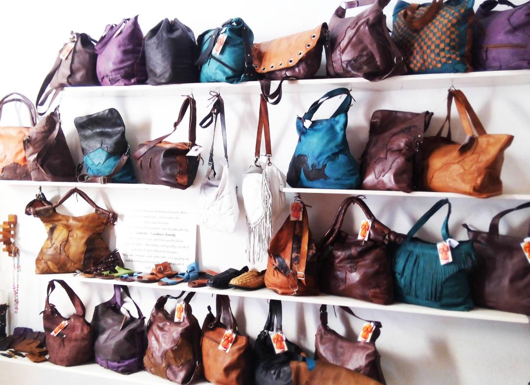 bags in Zulu Bolsos store