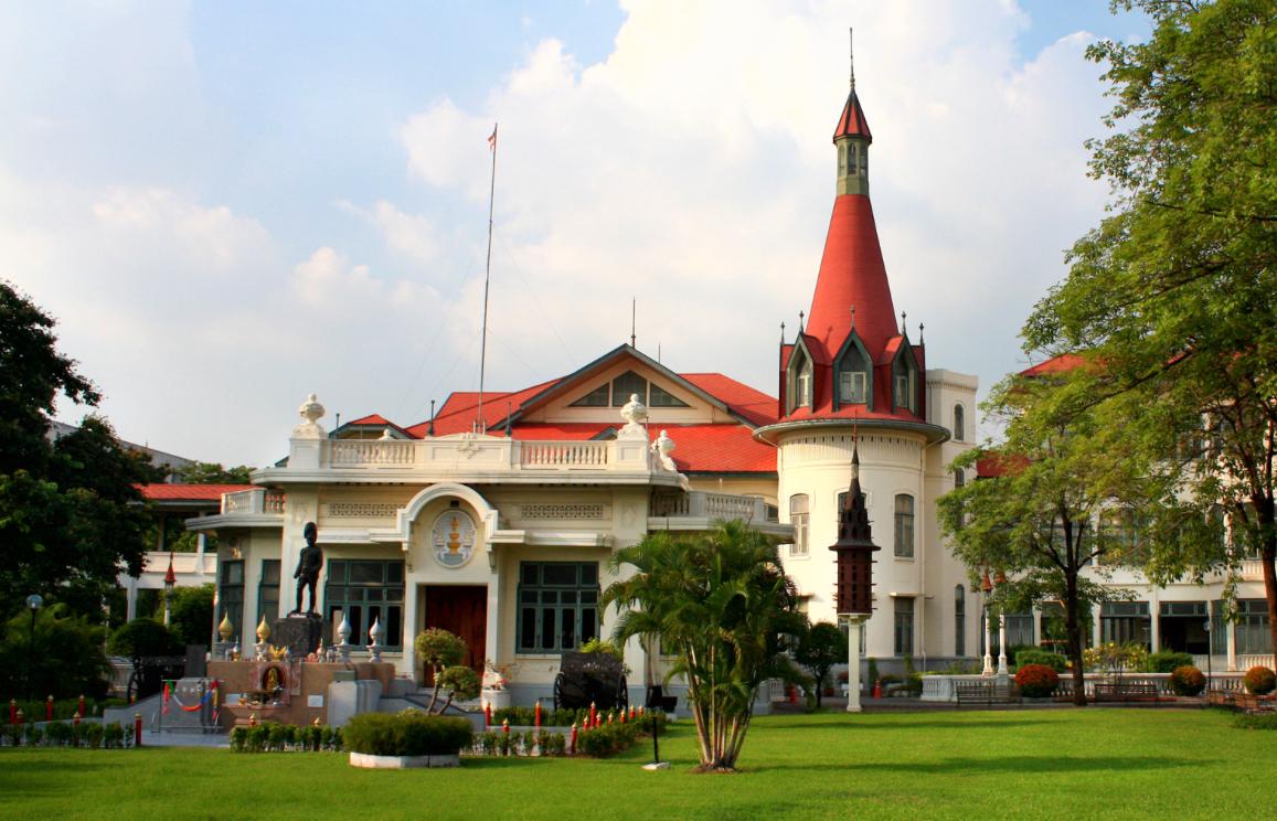 exterior of Phaya Thai Palace