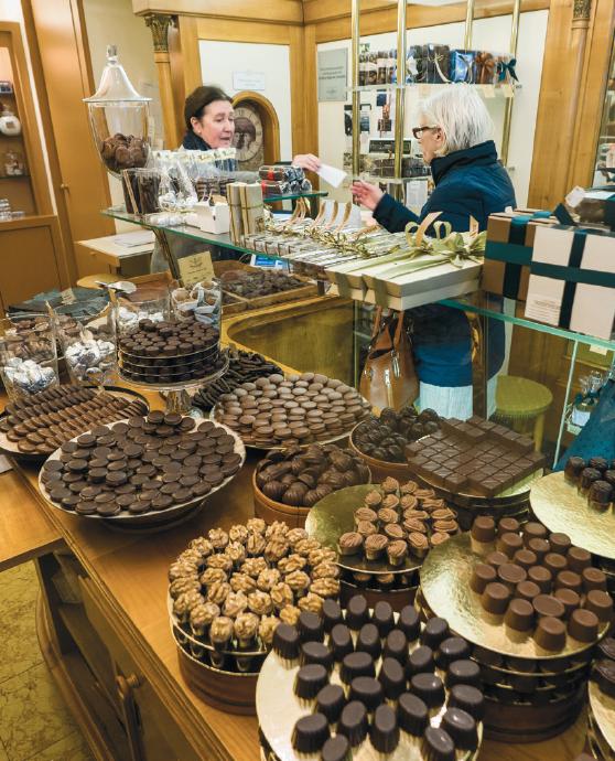 interior of Sweertvaegher Chocolaterie