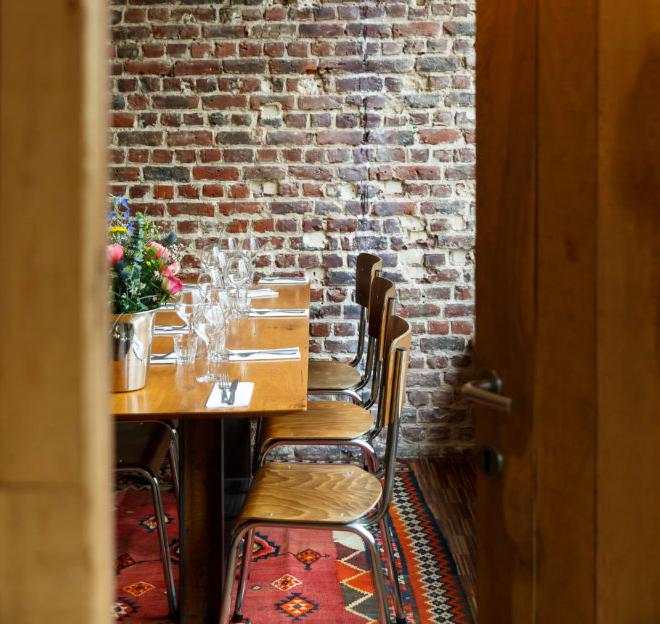 restaurant interior Le 203