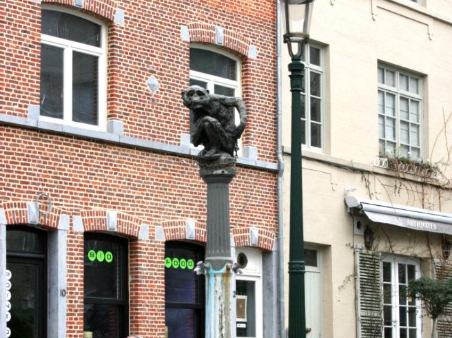small statue of a monkey in Brussels